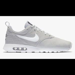 Nike Airmax Tarvas Suede